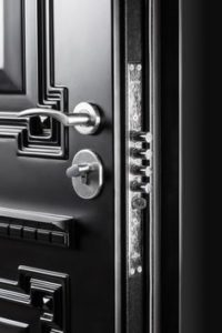 kínai ajtó zárcsere